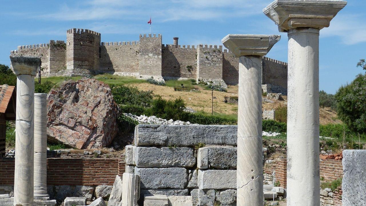Uygarlıkların merkezi : Efes Antik Kenti - Sayfa 3