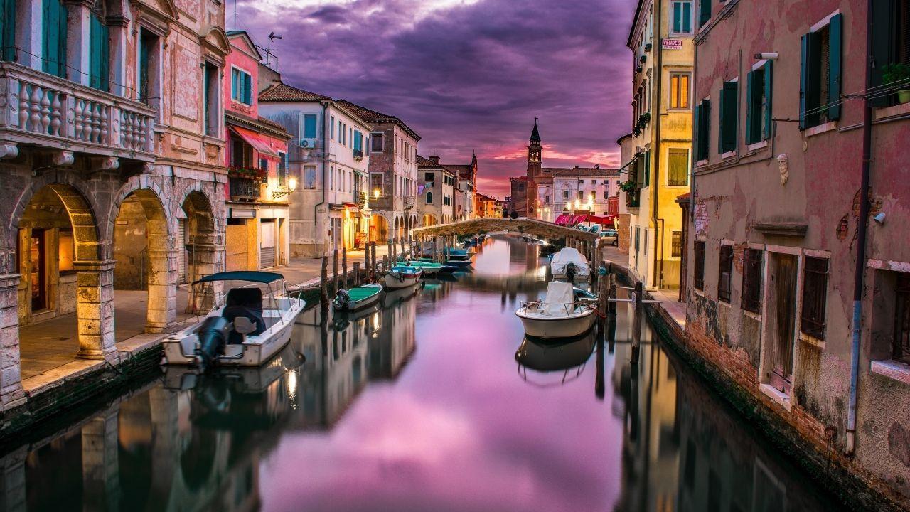 Kanallar arasında bir şehir: Venedik - Sayfa 2