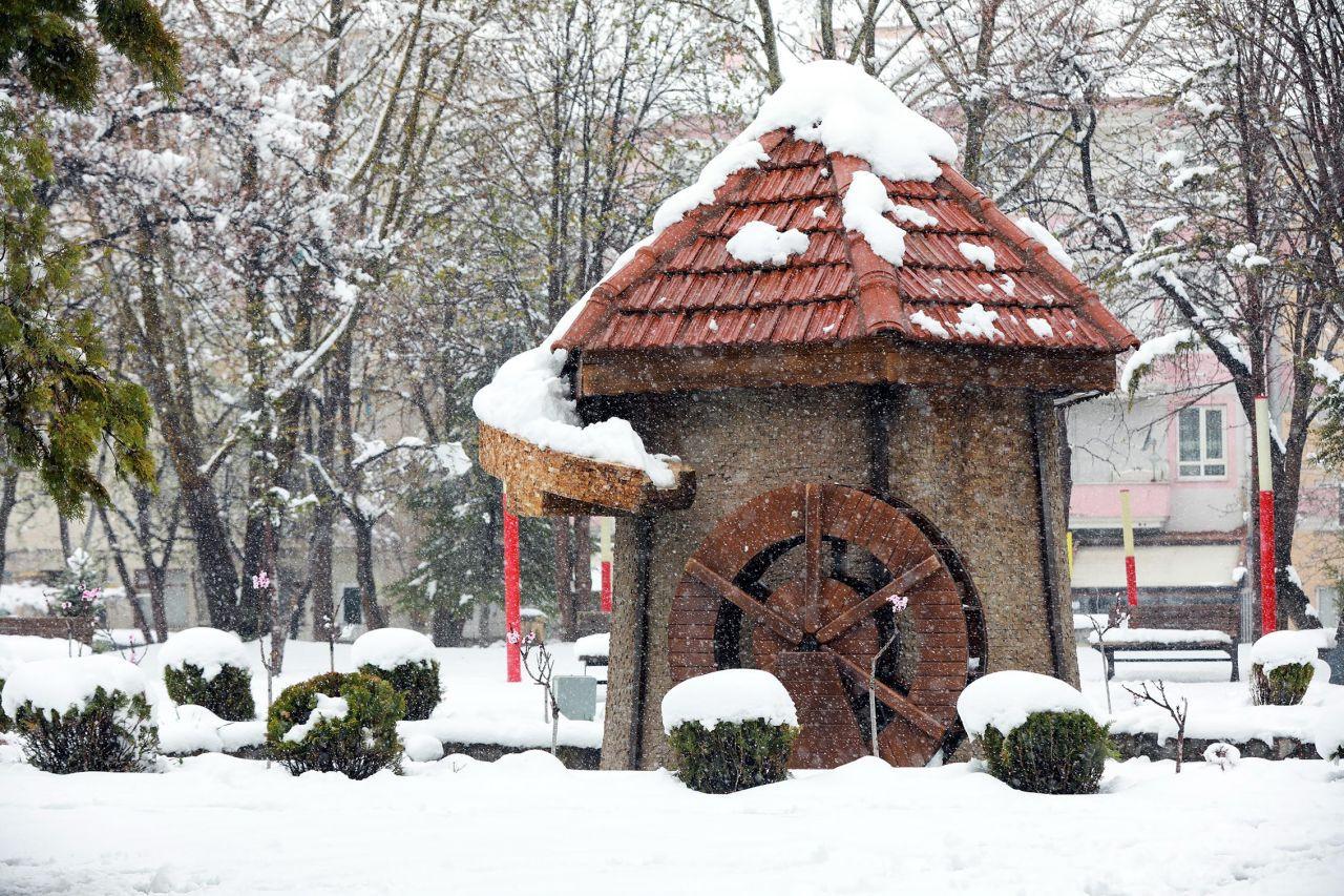 Talas'ta kar güzelliği görenleri hayran bıraktı - Sayfa 2