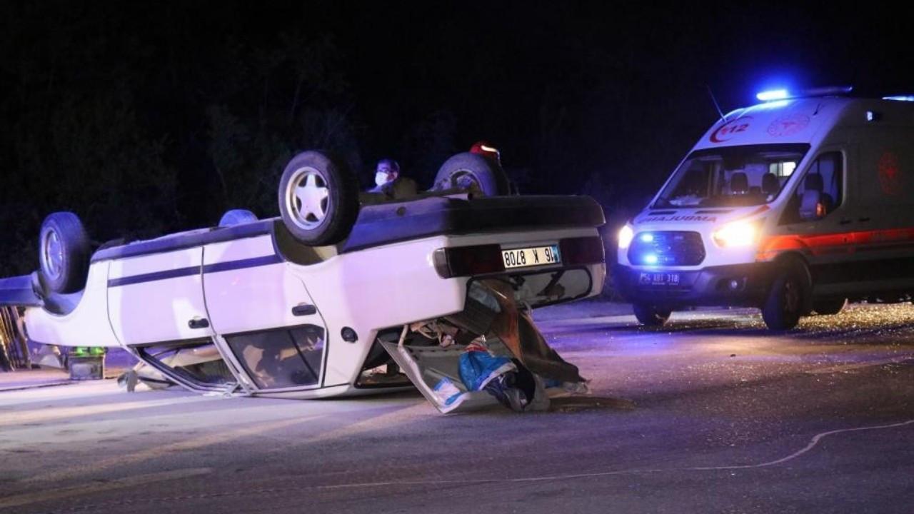 Alkollü Sürücü Takla Atan Araçtan Kendisini Kurtaran Ekiplere Saldırdı