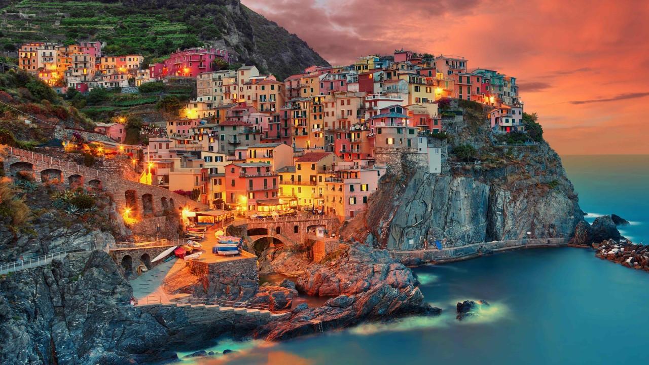 İtalya'nın Masalsı Bölgesi Cinque Terre