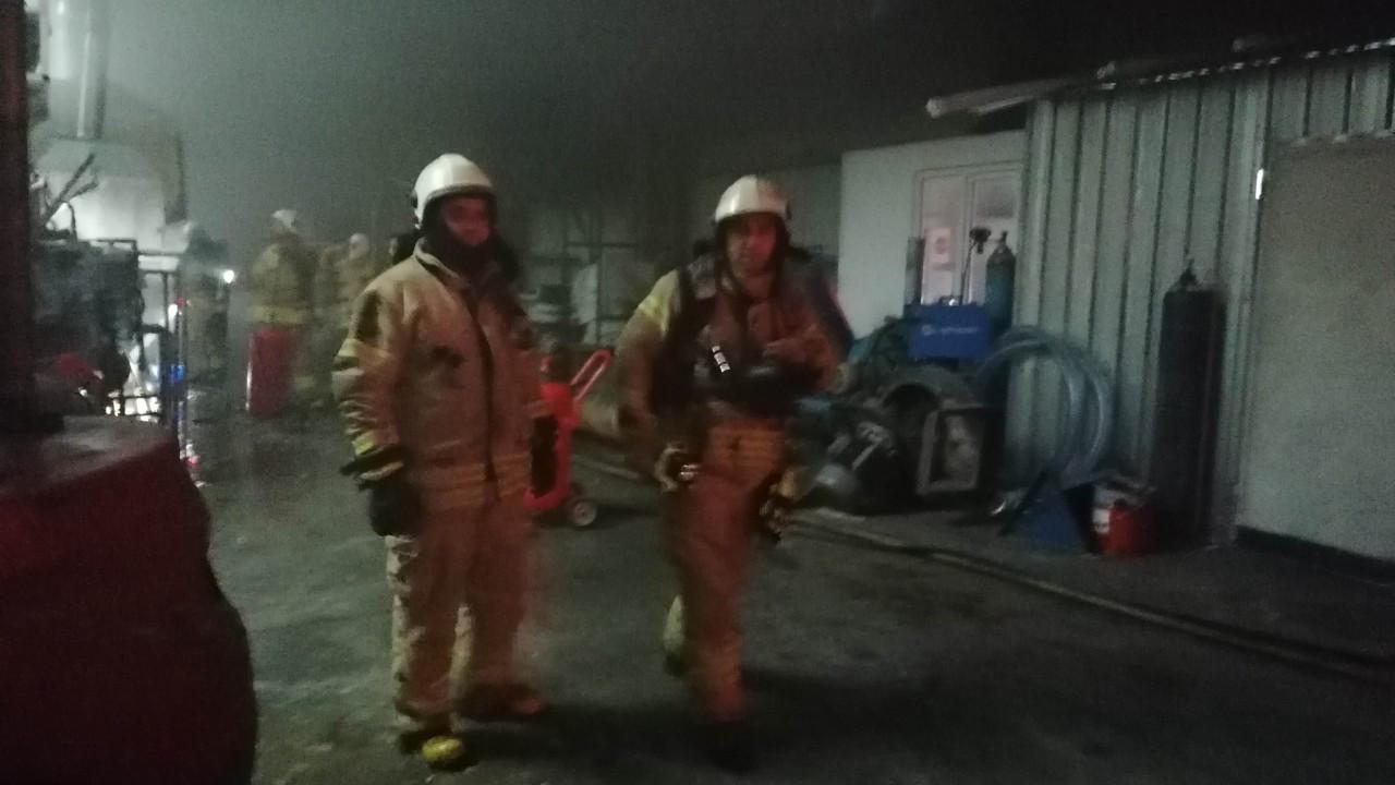 Silivri'de geri dönüşüm fabrikasında yangın