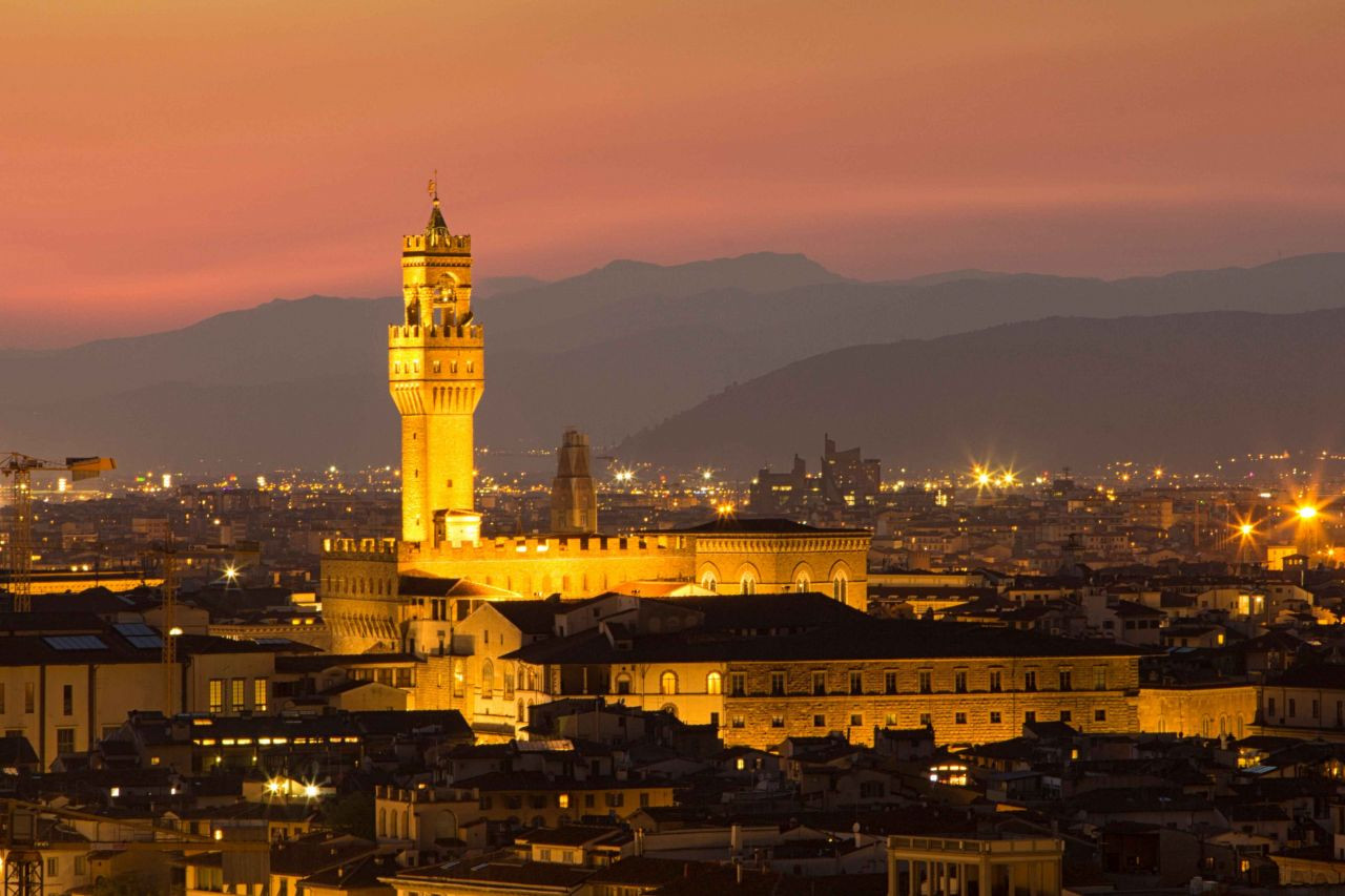 Floransa'nın Tarihi Sarayı Palazzo Vecchio - Sayfa 3