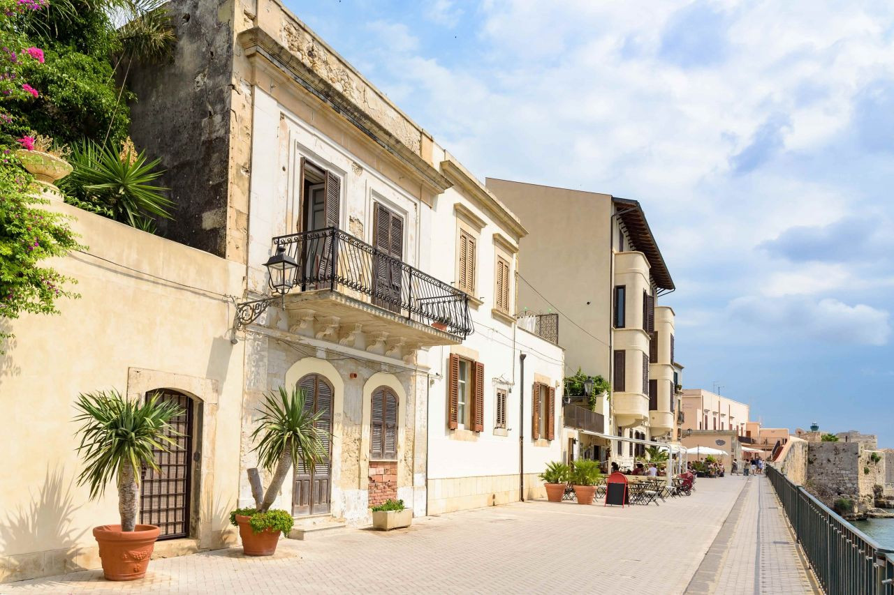 Akdeniz'in Tarihi Dokusu : Ortygia Adası - Sayfa 4