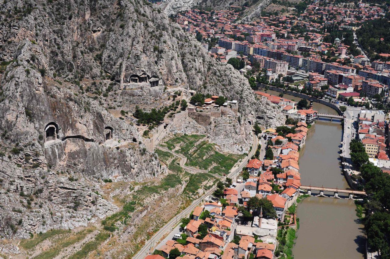 Hititlerden günümüze Anadolu şehri: Amasya - Sayfa 4