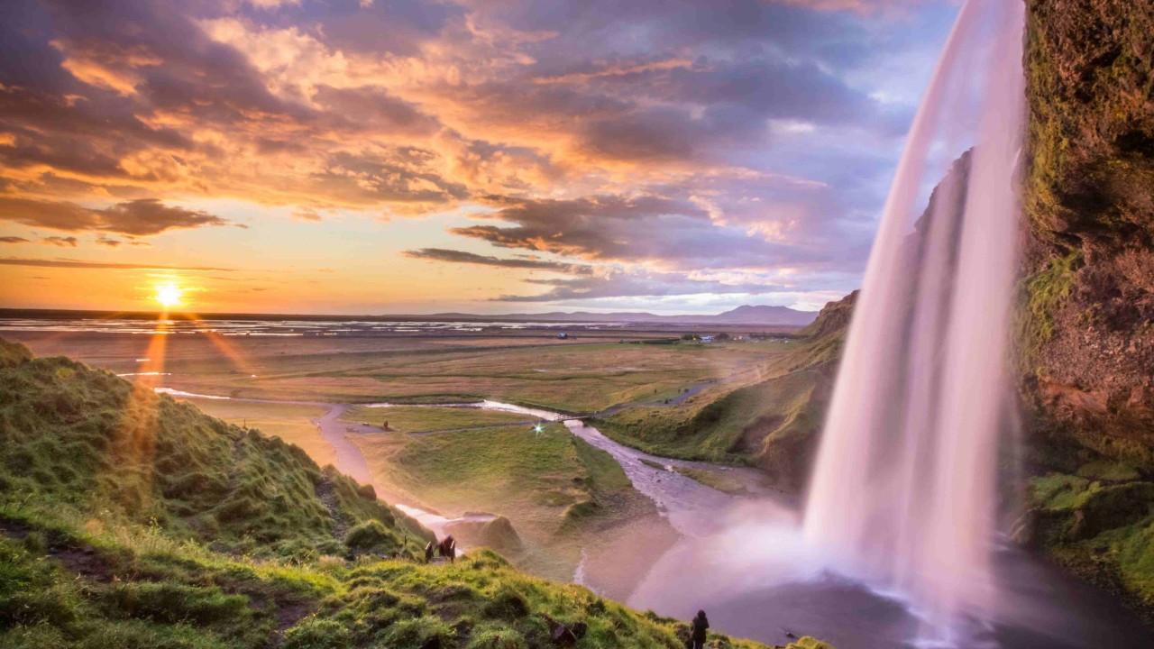İzlanda'nın En Güzel Şelalesi: Seljalandsfoss