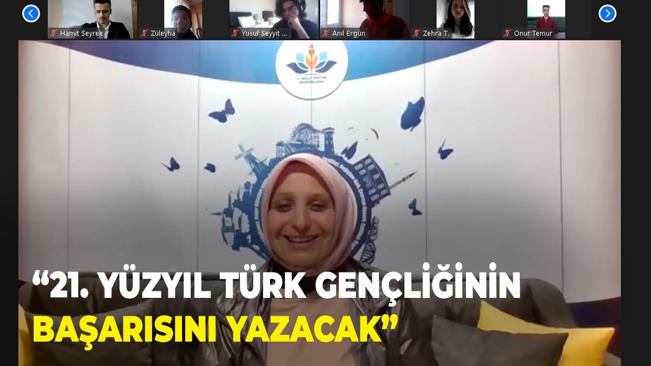 """""""21. Yüzyıl Türk Gençliğinin Başarısını Yazacak"""""""