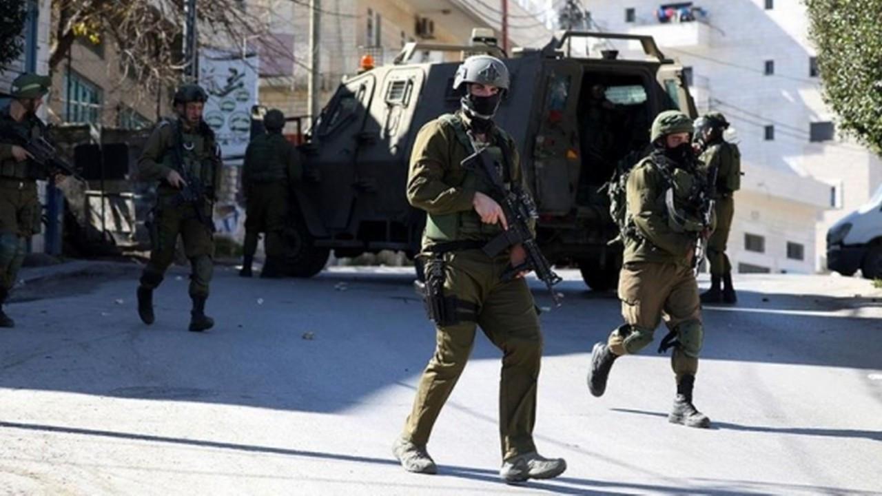 Filistinlilere müdahale eden İsrail polisi gerçek mermi kullandı