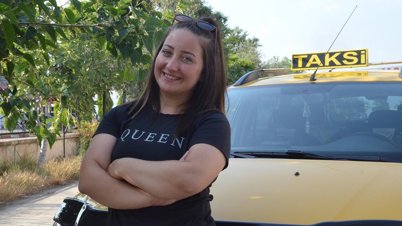 Otomobil tutkusu Seda'yı taksici yaptı