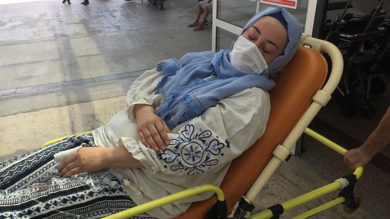 İYİ Partili meclis üyesi, kendisinden boşanan eşini bıçakladı