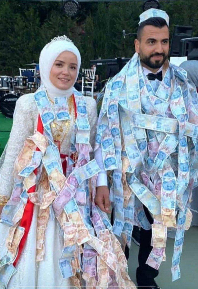 Düğünleri üç kez ertelendi, davetliler paraya boğdu - Sayfa 2
