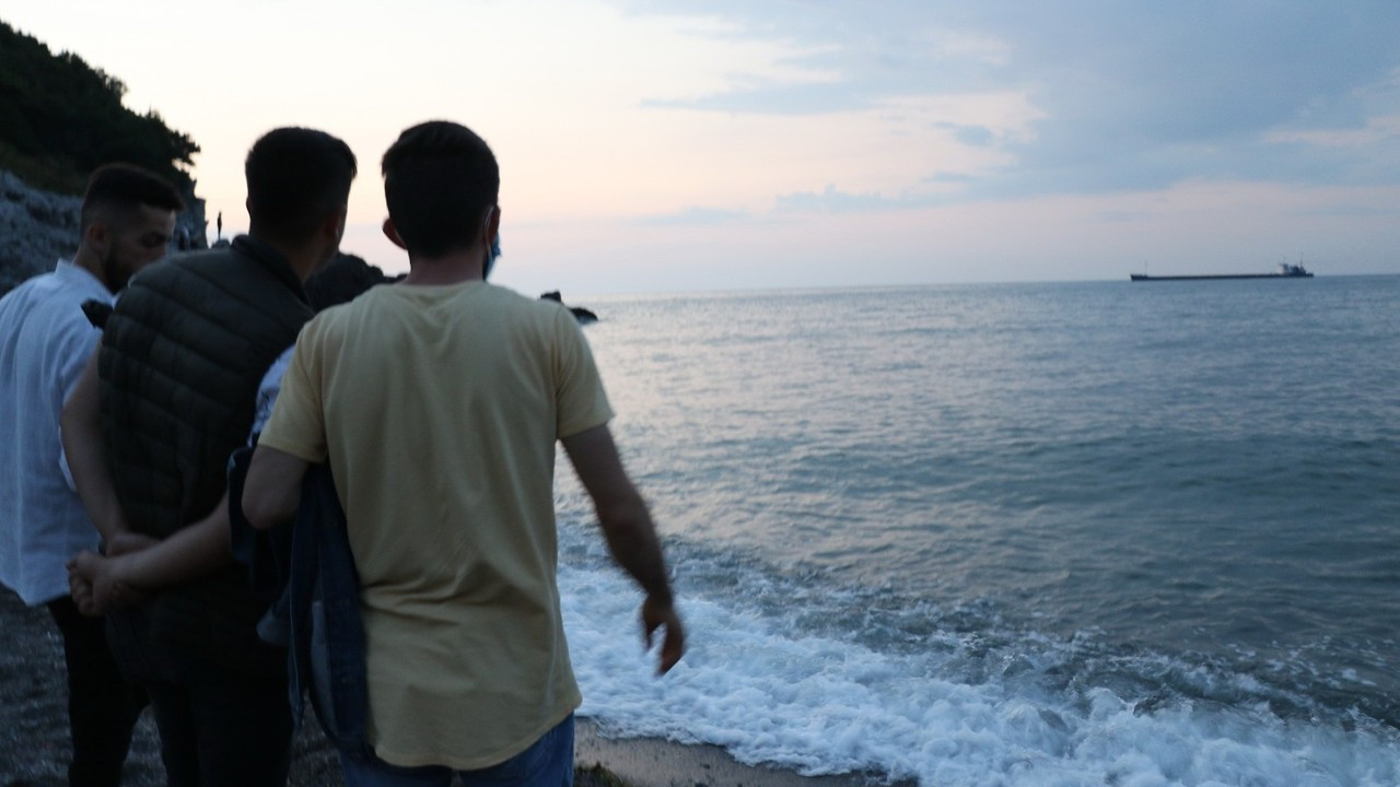 Zonguldak'ta Seferber oldular, denizde vatandaş aradılar