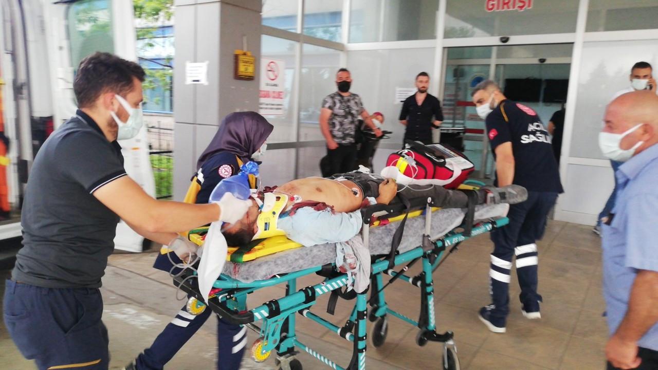 Samsun'da tamir için çıktıkları çatıdan düşen 2 komşu öldü
