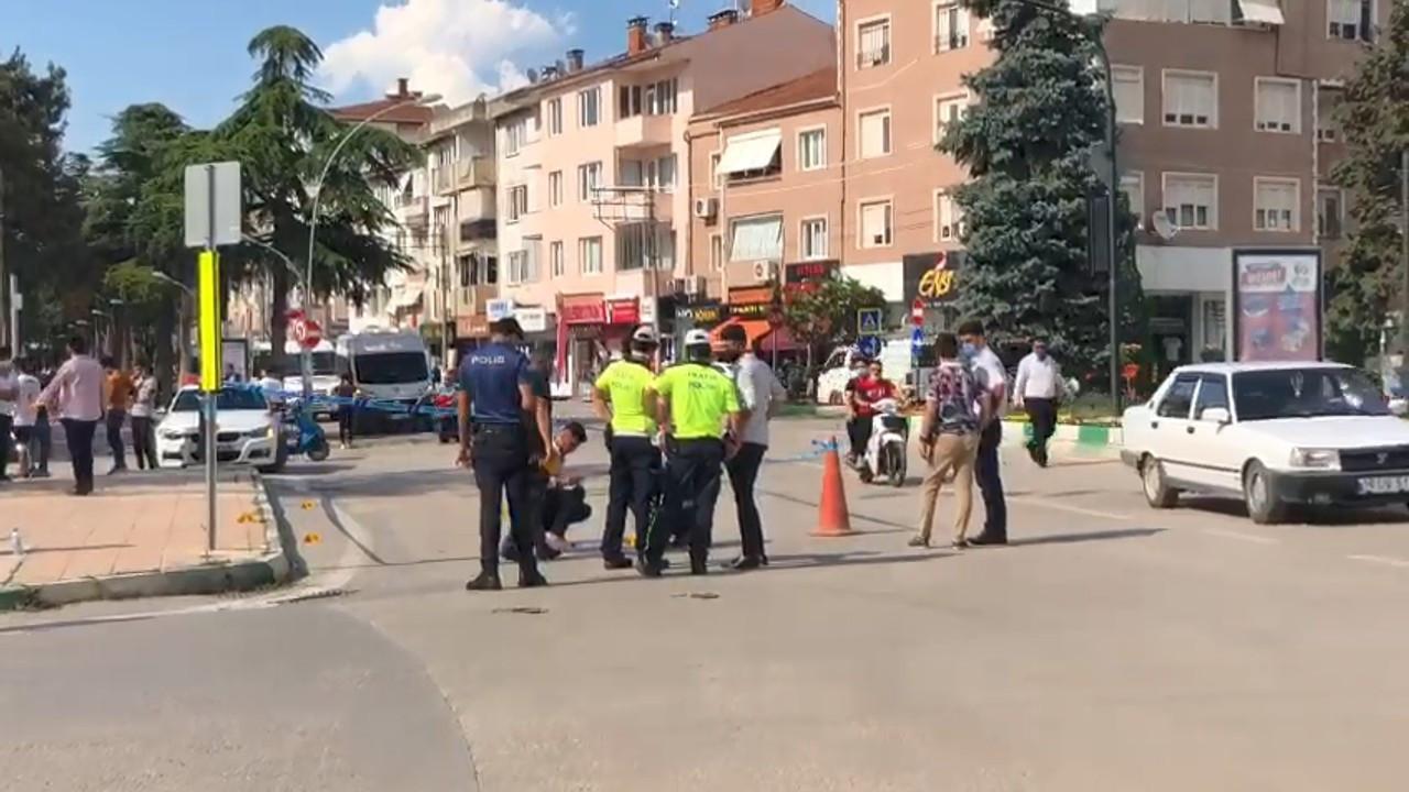 Bursa'da ilçe meydanında silahlı kavga: 1 yaralı