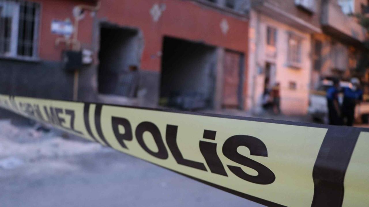 Gaziantep'te müstakil evin tavanı çöktü: 1 ölü, 2 yaralı