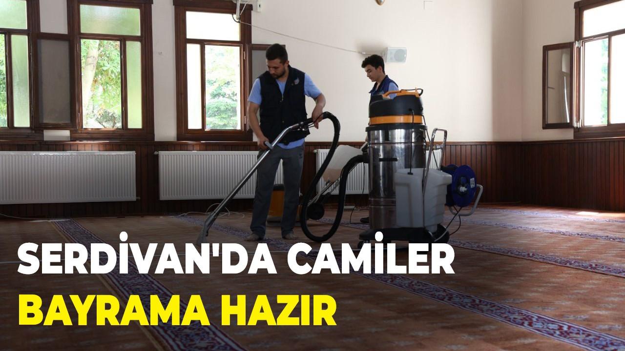 Serdivan'da camiler bayrama hazır