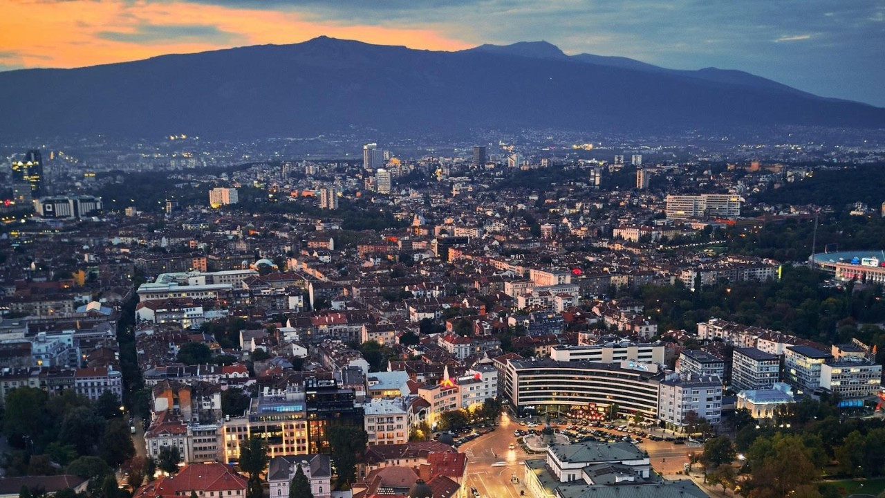 Balkanların Uyumayan Şehri: Sofya