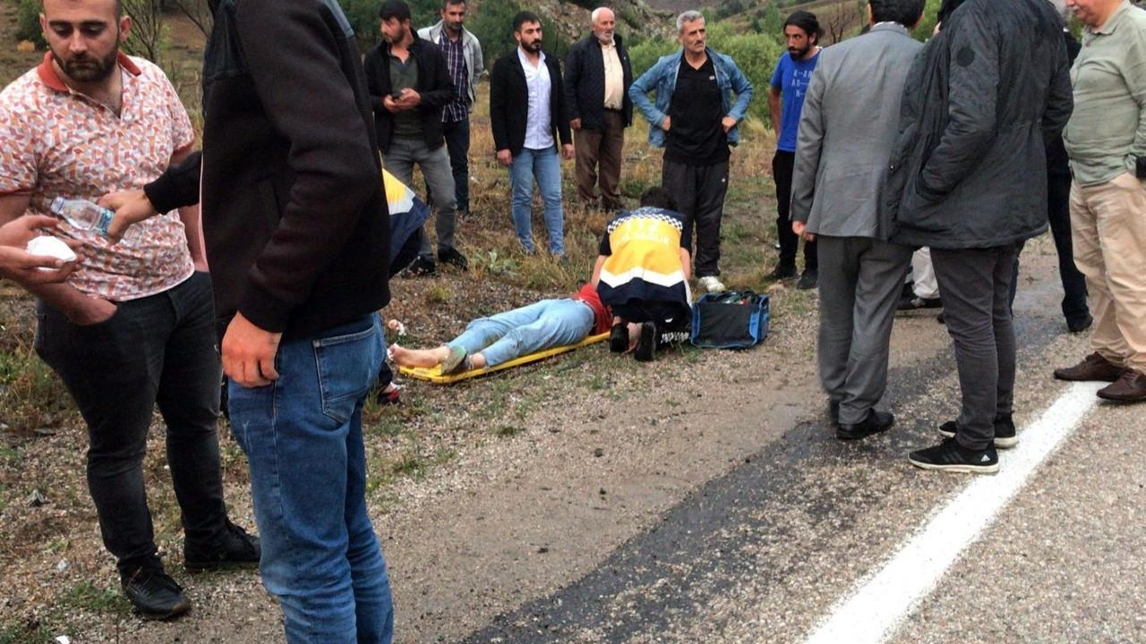 Gümüşhane'de 2 ayrı kazada 4 kişi yaralandı