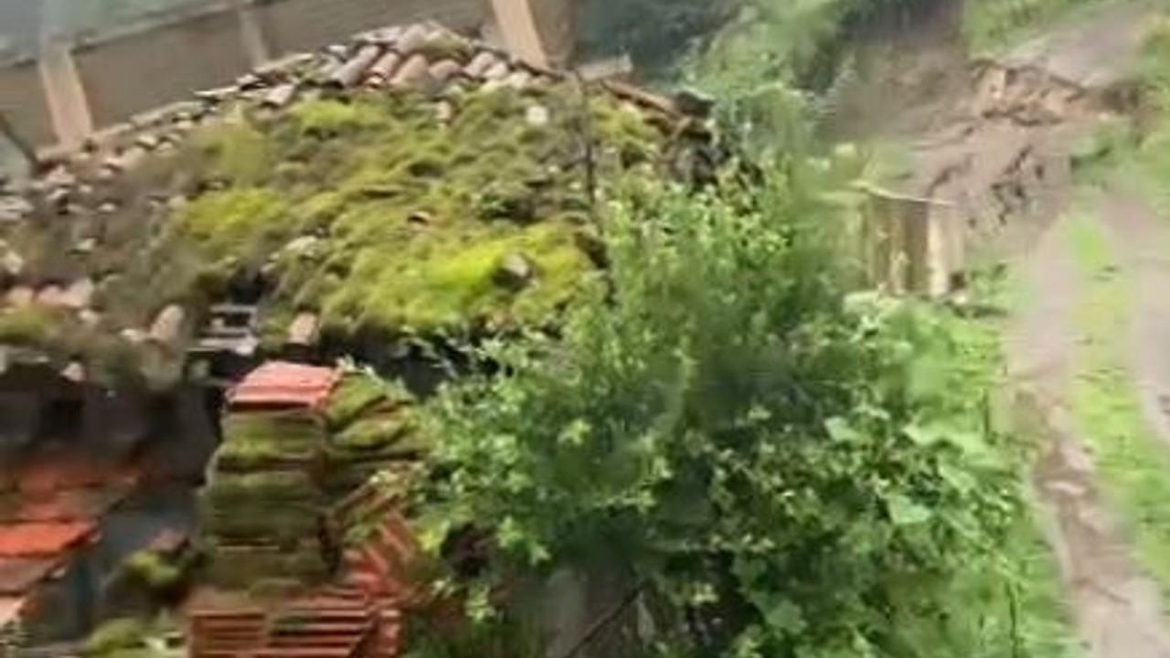 Rize'de 'oturulamaz' raporlu ev inşaatı, heyelanda bu kez 30 metre kaydı