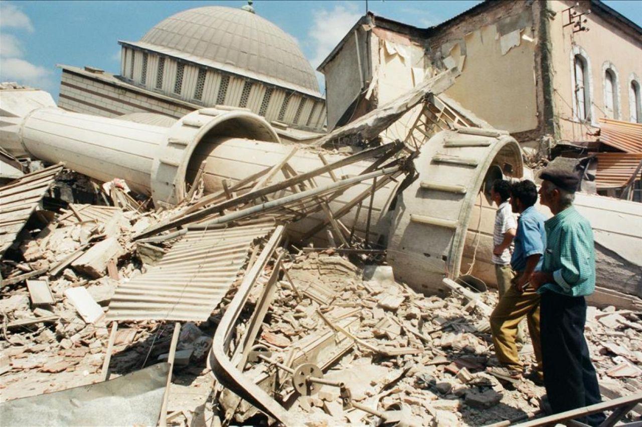 17 Ağustos Depremi! Unutmadık - Sayfa 2