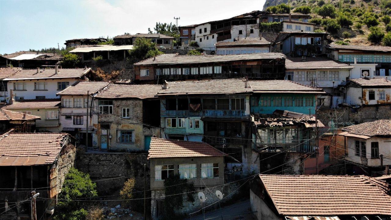 Tarihte yolculuğa çıkaran köy: 'Darkale' - Sayfa 1