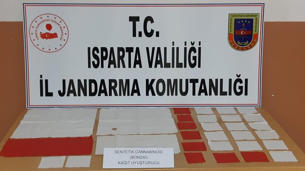 Isparta'da 29 bin 188 kullanımlık kağıt uyuşturucu ele geçirildi
