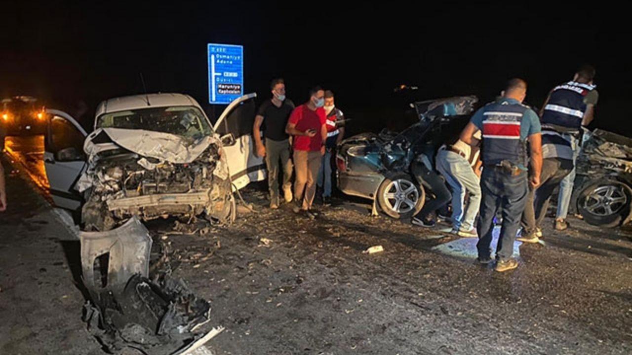 Osmaniye'de otomobil ile hafif ticari araç çarpıştı: 1 ölü, 2 yaralı