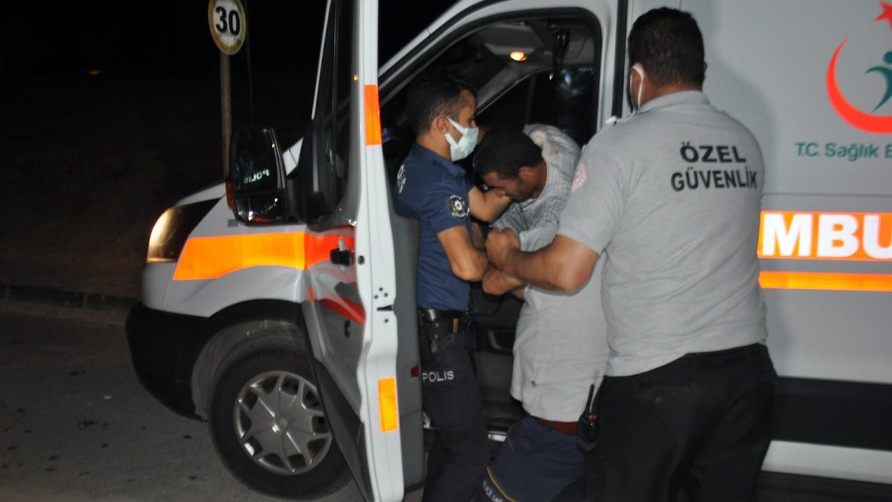 Hastane önünden ambulansı kaçırdı, o anlar DHA kameralarına yansıdı