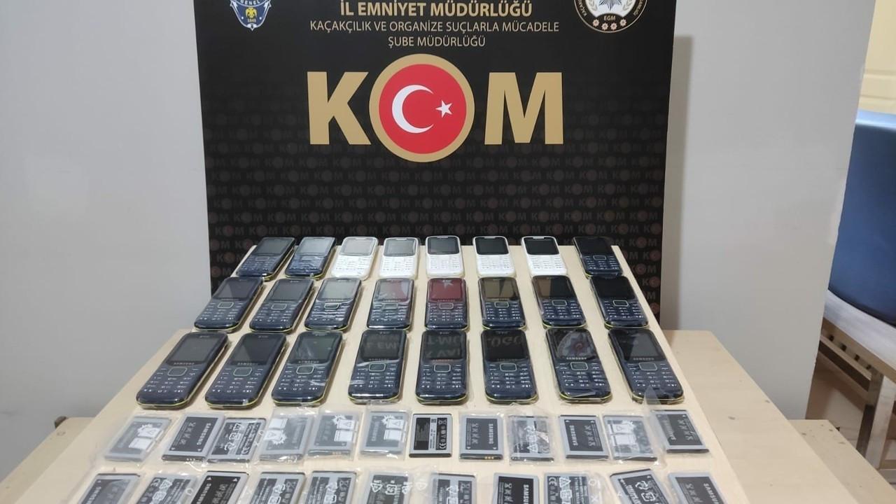 Uşak'ta 24 kaçak telefon ele geçirildi