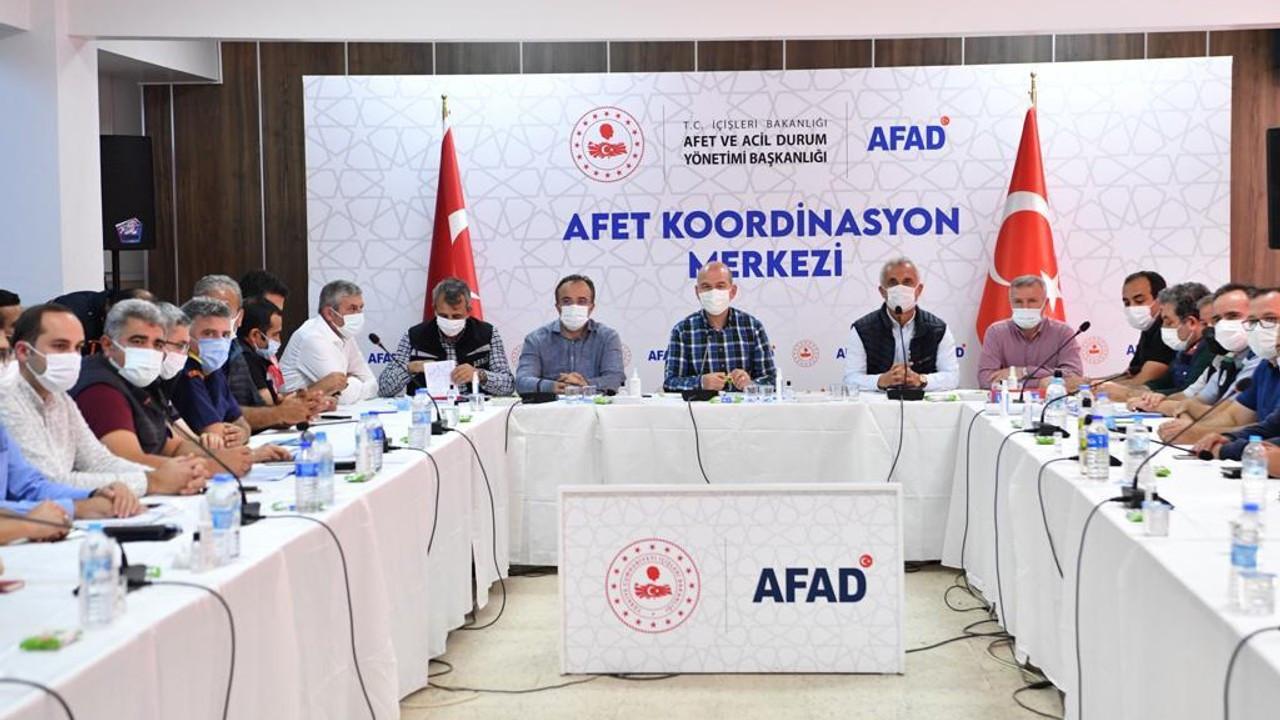 Bakan Soylu: Selde kaybolan 15 vatandaşımız 459 personelle aranıyor