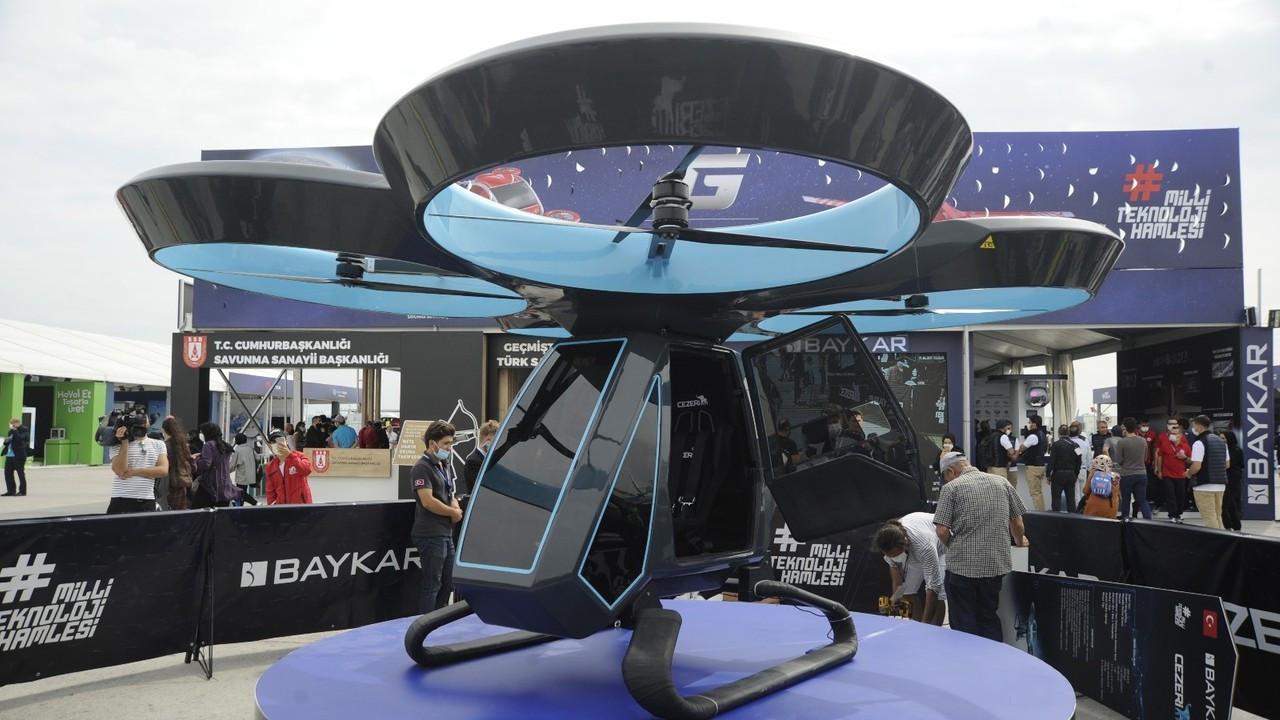 Türkiye'nin ilk uçan arabası Cezeri'ye yoğun ilgi