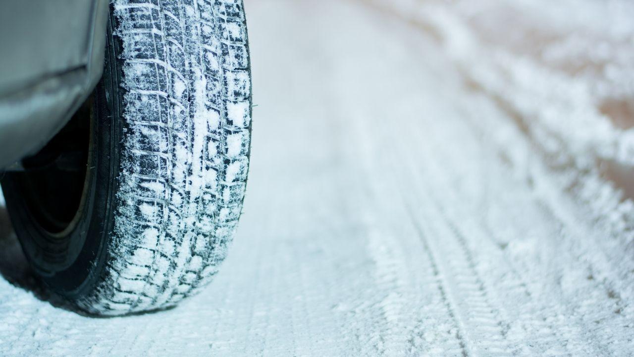 Kışlık lastik ne zaman takılır? Kış Lastiği nasıl takılır?