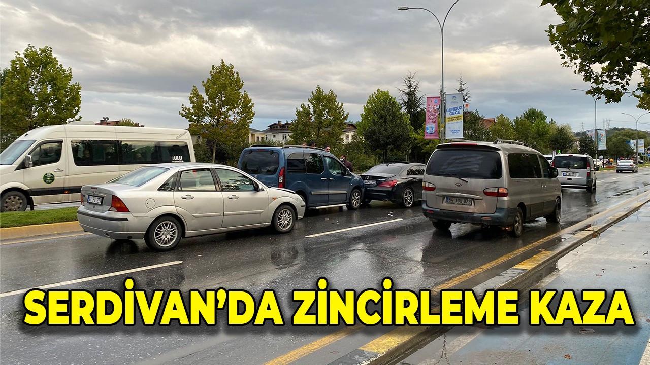 Serdivan'da zincirleme kaza