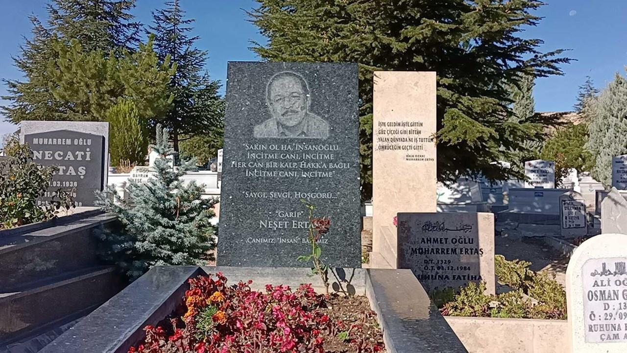 Neşet Ertaş ölümünün 9. yılında mezarı başında anıldı