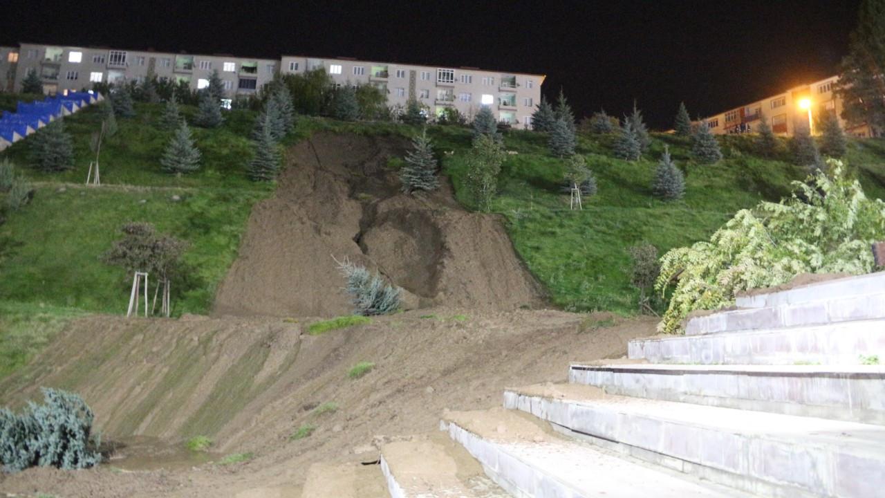 Mevlana Vadisi'nde toprak kayması meydana geldi