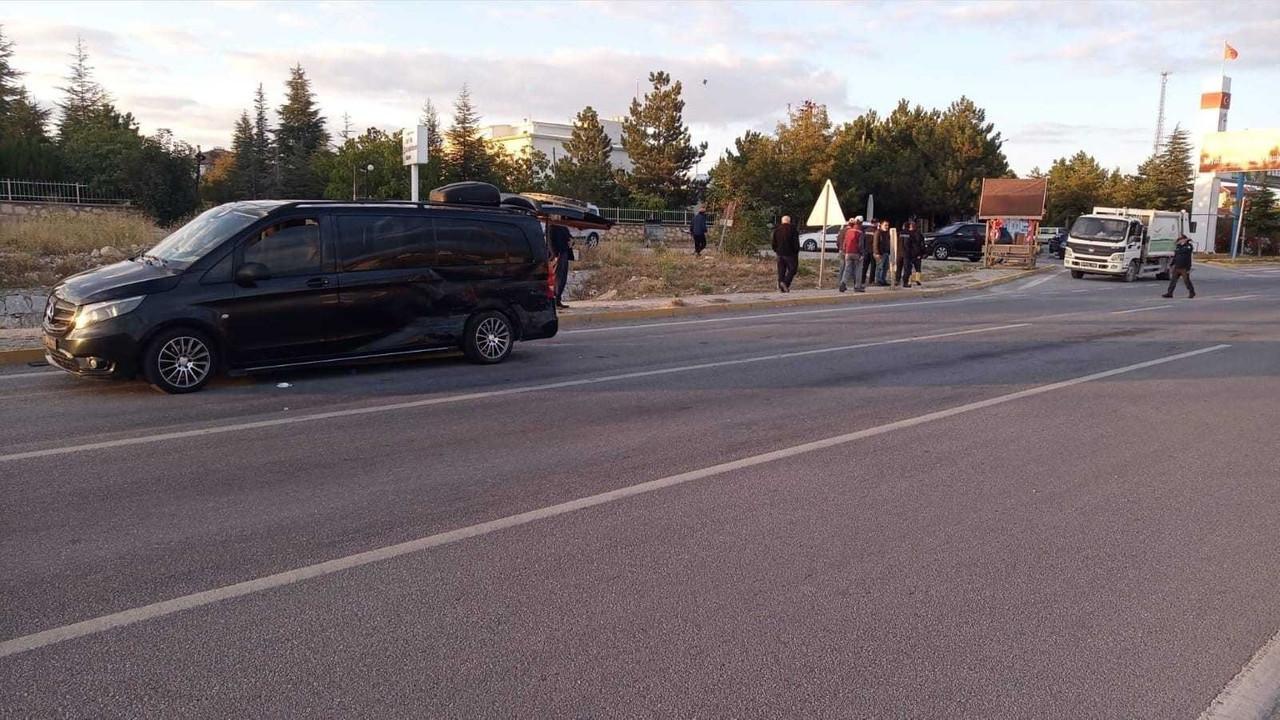 AK Parti İl Başkanı Hüseyin Ceylan Uluçay kaza geçirdi