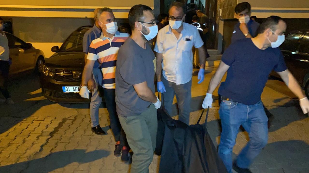 Evde ölü bulunan anne ve 2 çocuğunun cesedi morga kaldırdı