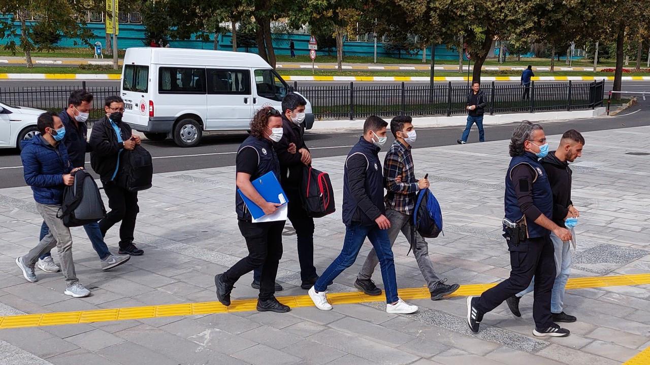 Yunanistan'a kaçmaya çalışan 5 FETÖ üyesinden 4'ü tutuklandı