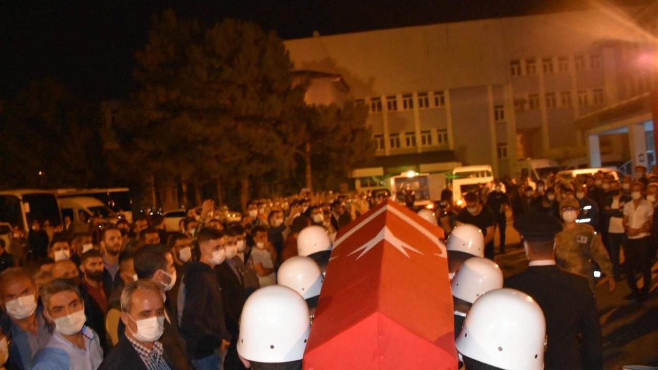 Terör saldırısında şehit olan işçiler son yolculuğuna uğurlandı
