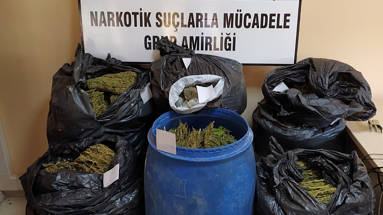 Silvan'da uyuşturucu operasyonu: 2 gözaltı