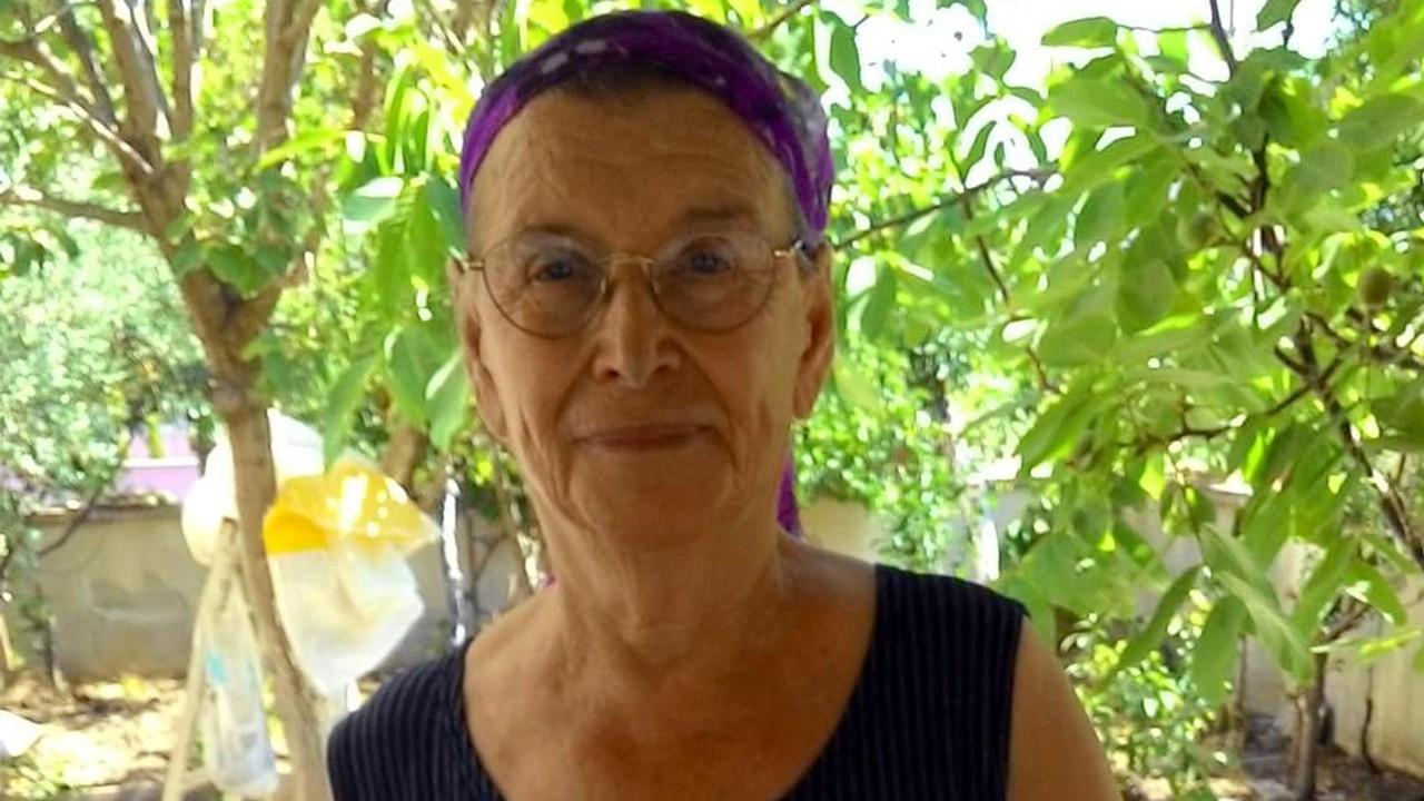 Ticari araçla çarpışan otomobilin 88 yaşındaki sürücüsü öldü