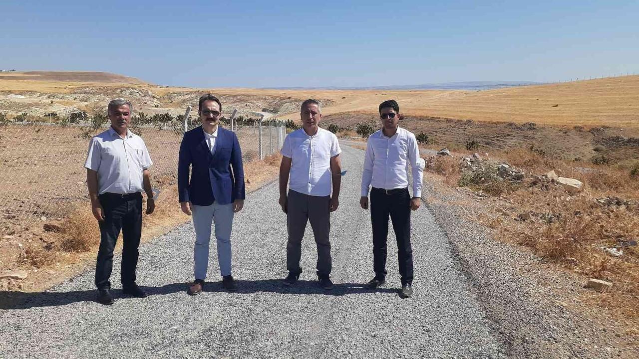 Samsat'ın Kızılöz köy yolu asfaltlandı