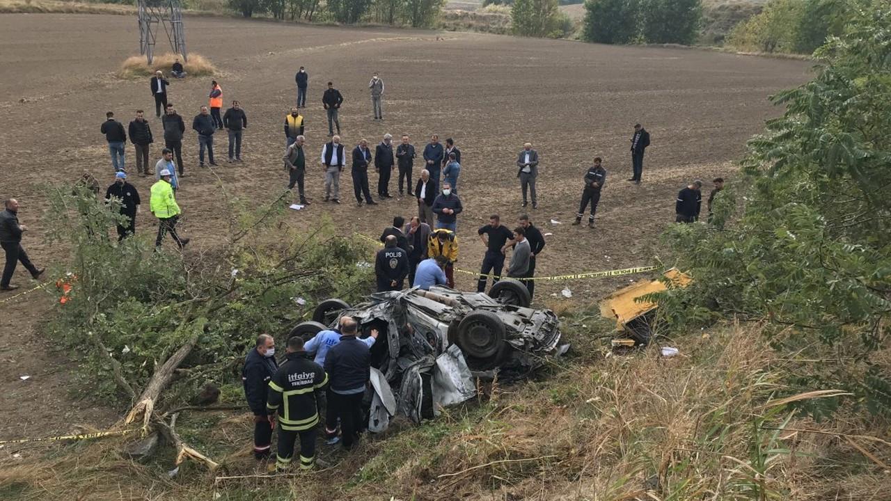 Tekirdağ'da otomobil takla attı: 3 ölü