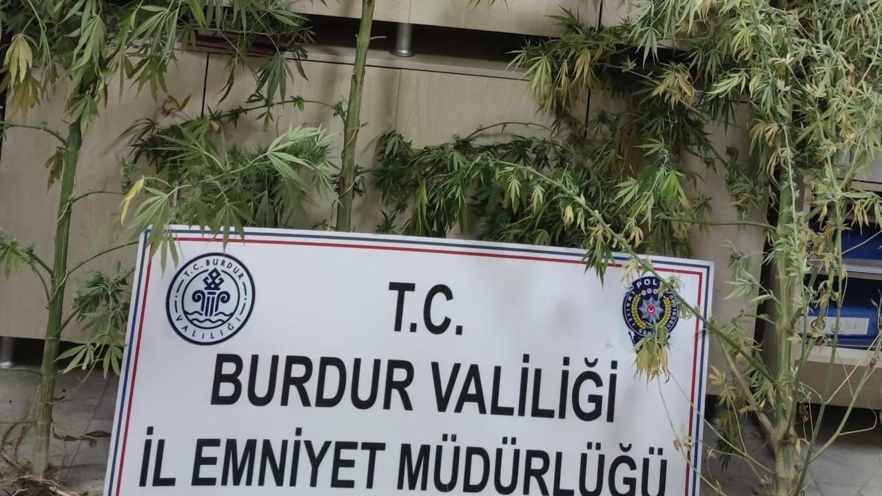 Burdur'da uyuşturucu operasyonu: 2 tutuklama