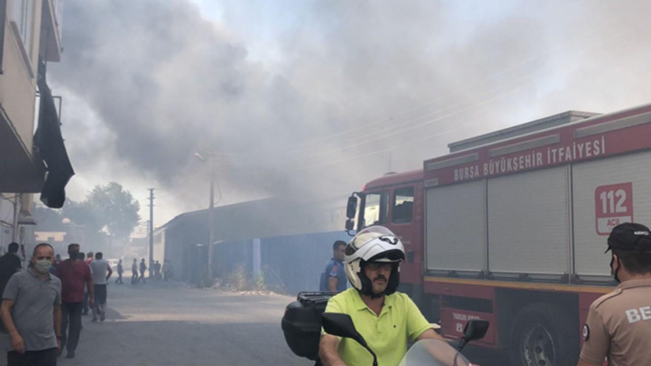 Bursa'da tekstil fabrikasında yangın!