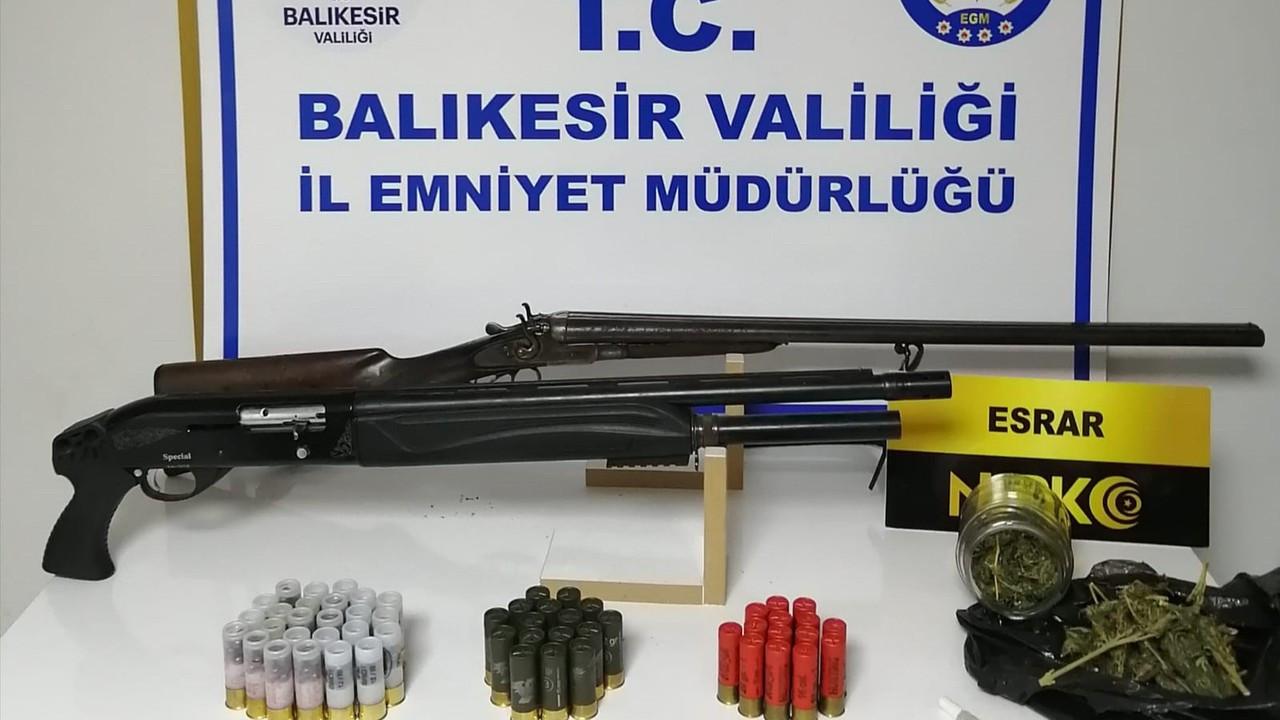 Balıkesir'de polisten 51 şahsa gözaltı