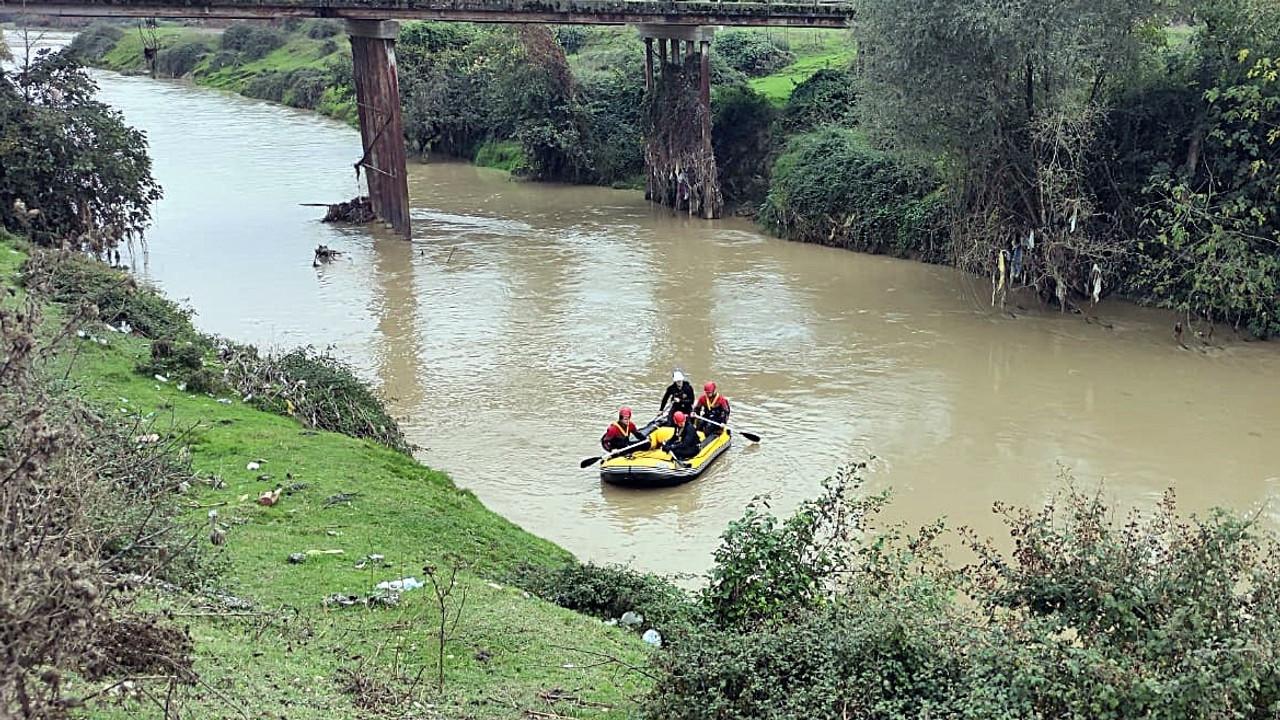 Kayıp Alzheimerhastası kadın, su kanalı kenarında ölü bulundu